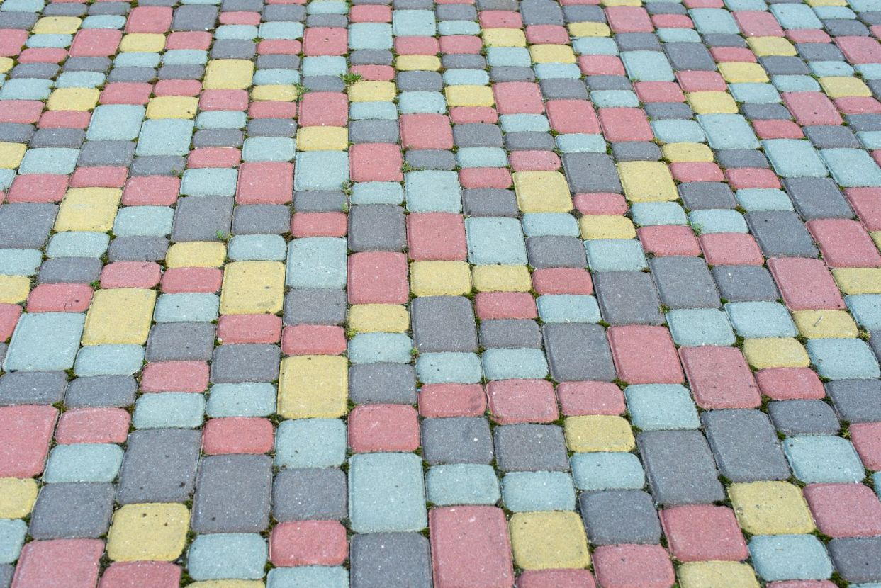 brightly colored driveway pacing in tucson